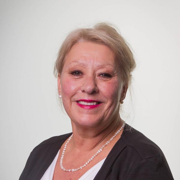 Louise Perreault, CRHAConseillère senior RH et coach professionnelle, M.A., Counselling